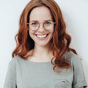 woman smiling, cosmetic dentistry pasadena tx